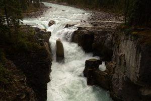 sunwapta-falls,force,resilience