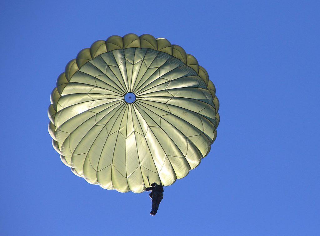 parachute, prend, soin
